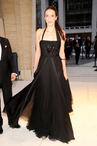HERE'S AN OSCAR DE LA RENTA COCKTAIL/EVENING WEAR. ITS BEAUTIFUL!!!